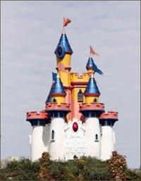 min-golf castle